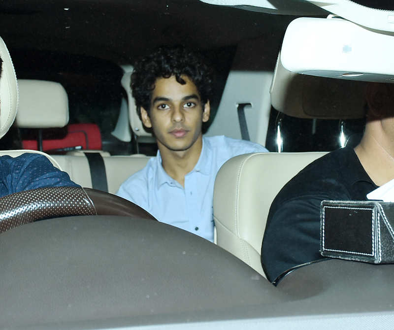 In Pics: Bollywood celebs attend Dhadak special screening