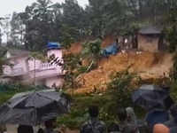 On cam: Two houses collapsed in landslide in Kerala's Kannur