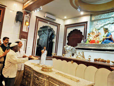 What do you think of the initiative by a Ganesh mandal to invite a Bohra leader to speak at the festival?