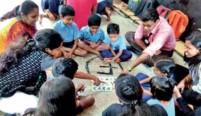 Techies go back to school, this time to teach the 'basics'