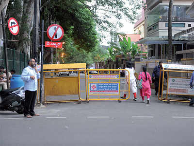 Keep off, the Chief Minister HD Kumaraswamy lives here: JP Nagar-III,  Interrupted