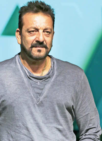 Sanjay Dutt to fill father's shoes
