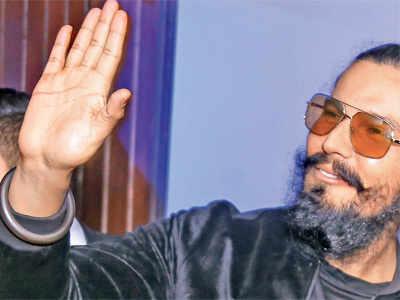 Randeep Hooda to play Sultana Daku in his next, a dacoit-drama