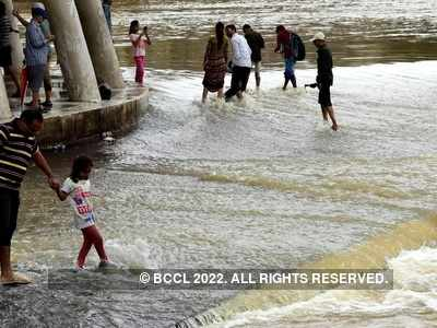 Nashik: Water released into rivers from dams after heavy rain