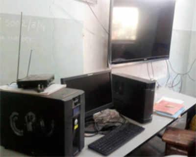 BMC's 'smart' idea: E-learning, no Internet