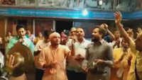 Watch devotees dance on Krishna Janmashatmi