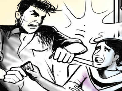 In-laws kick, throw pregnant woman out of house in Gota