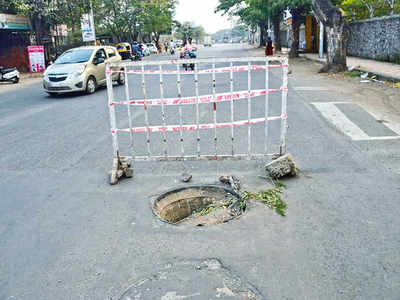 Now, broken manhole cover at Chinchwad