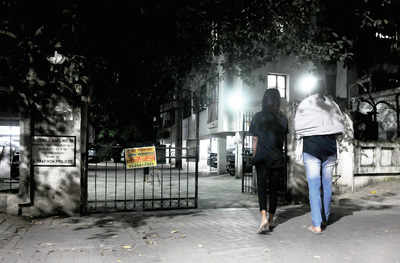 Kalyani Nagar society calls cops on female tenants for inviting male friend home