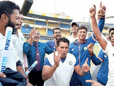 Wonder-coach Chandrakant Pandit adds Ranji Trophy to his kitty