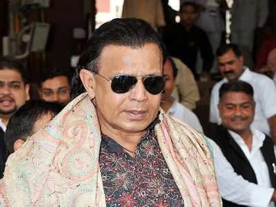 Mithun Chakraborty's father dies, actor stranded in Bengaluru amid lockdown