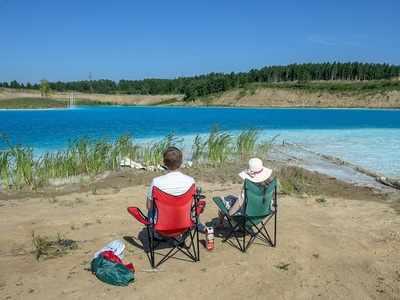 Russians name toxic lake 'Siberian Maldives', turn it into selfie sensation