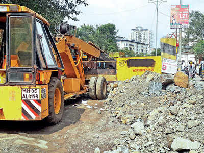 Excavated road left half done in Thane for 2 years