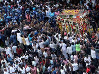 Video: Karunanidhi laid to rest with full state honours at Marina Beach