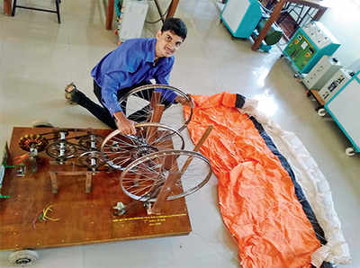 Youth wins award for wind energy using kite