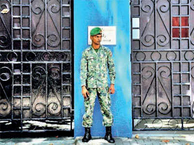 Maldives President Abdulla Yameen Abdul Gayoom sends envoys to 'friendly' nations, avoids India