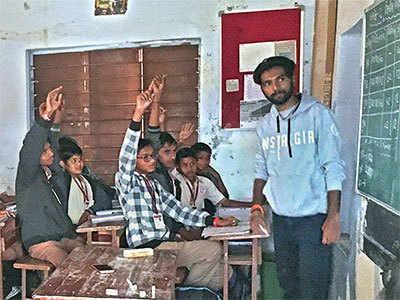 MICAns turn teachers to school kids