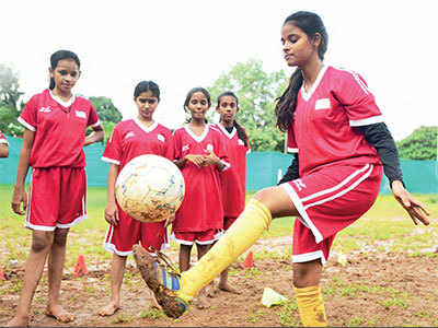 Dreaming of Messi in Dharavi: Girl helps underprivileged girls realise their football dreams