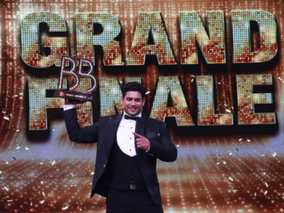Bigg Boss 13 Grand Finale Updates: Sidharth Shukla wins the show; Asim Riaz is the first runner-up