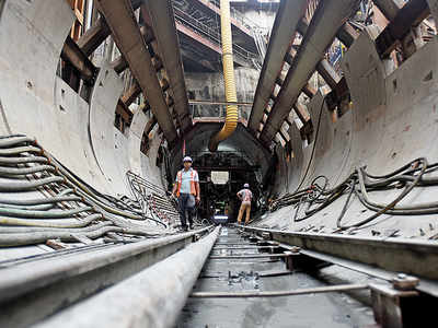 MMRDA may dip into FDs to save Metro if the fresh loan of Rs 29,000 cr doesn't come through