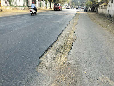 Excavated road causes trouble for commuters