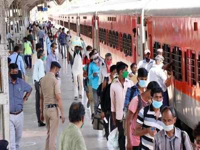 Over 200 workers from Bihar arrive in Hyderabad to work in Telangana rice mills