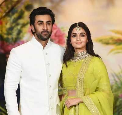 Ranbir Kapoor and Alia Bhatt are inseparable and we have proof!