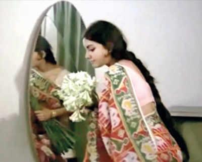 This week, That year: Memories of Rajnigandha and Vidya Sinha