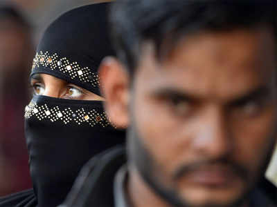 Cracks in Opposition over triple talaq bill