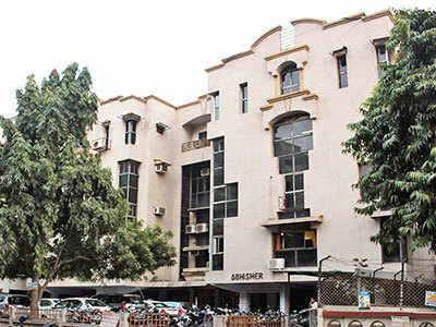 Is your building certified safe?: None of 10,000 buildings in Ahmedabad has mandatory structural safety certificate