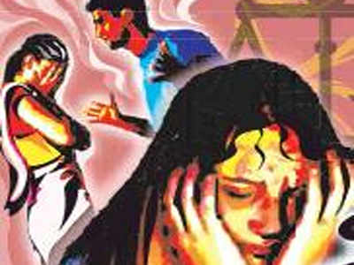 Gujarat: Woman beaten for asking husband about photo with another woman