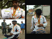 Shameful! No help from govt, Para-athlete forced to beg on Bhopal streets