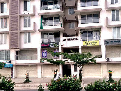 16 La Gracia residents booked for attending society buffet on Mar 22