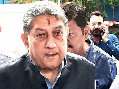 """We're back,"" N Srinivasan taunts Vinod Rai; attacks ICC from BCCI office"
