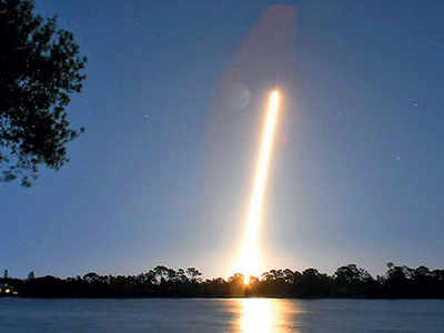 SpaceX nails 50th Falcon rocket booster landing