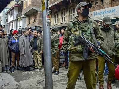 NIA raids separatists' homes in Jammu and Kashmir; separatists protest by calling for two-day shutdown