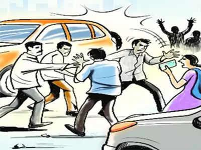Fight over 'Kannada, no Kannada'