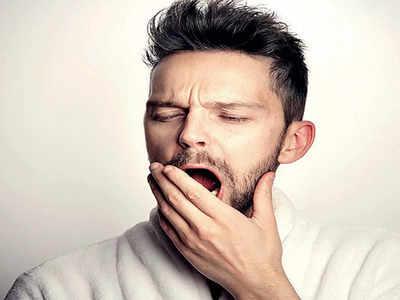 Mirrorlights: Lack of sleep more harmful than smoking