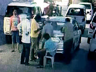 9 booked in Vastrapur for 'chai pe charcha'