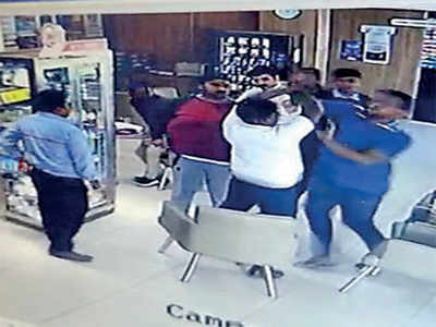 Showroom manager assaulted over loan talk