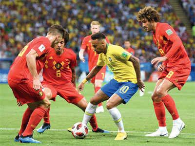 The beauty of Neymar on a roll
