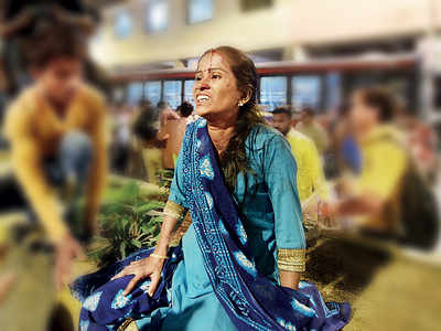 iWITNESS: 'I can't leave': An injured woman's plea