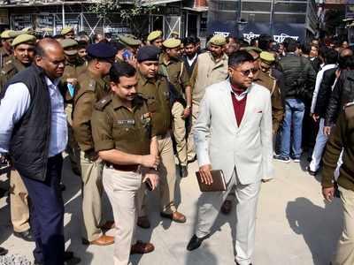 Crude bomb 'attack' in Lucknow court complex, police say nobody heard blast