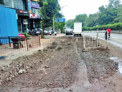 Stalled roadwork at Swargate irks citizens