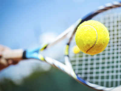 French Open: Medvedev beats Paul to enter 3rd rd