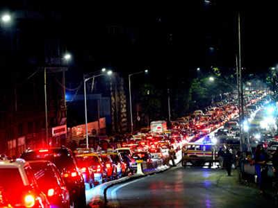 'Mumbaikars lose 85 minutes a day in traffic jams'