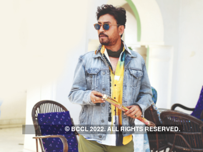 Irrfan Khan's sons Babil and Ayaan share rare photos with their father