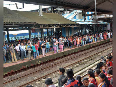 RPF chief's letter bomb shames Central Railway for high crime rate