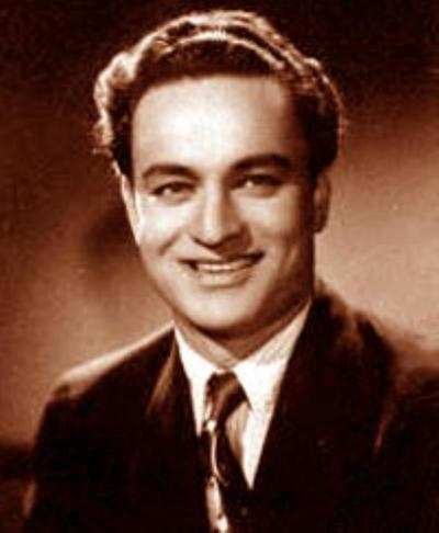 8 Life Facts about Bollywood's Golden Voice Mukesh on his Birth Anniversary