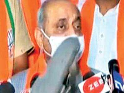 Mehbooba can move to Karachi: Nitin Patel